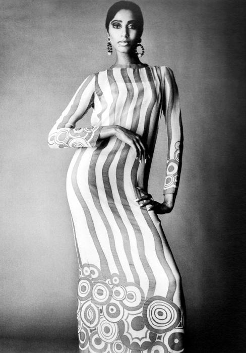 Первая афро-американская модель, появившаяся на обложке британского Vogue.