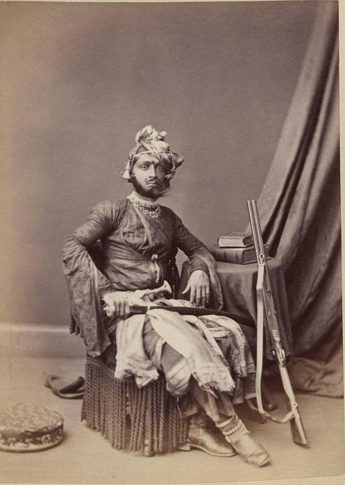 Портретный снимок, сделанный британским фотографом.