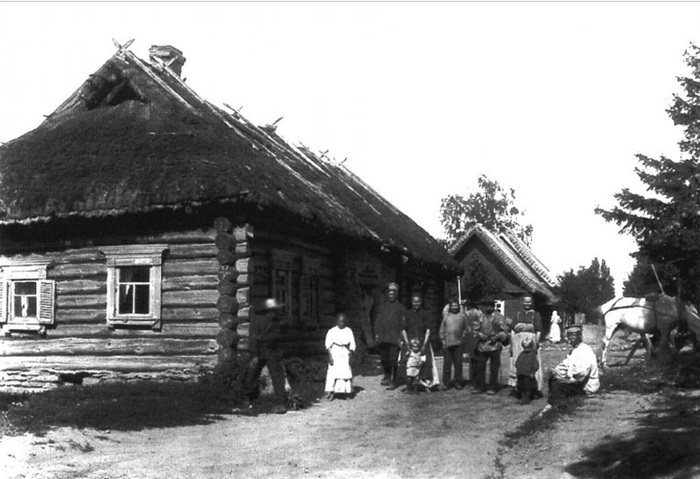 Жители деревни Котлы.