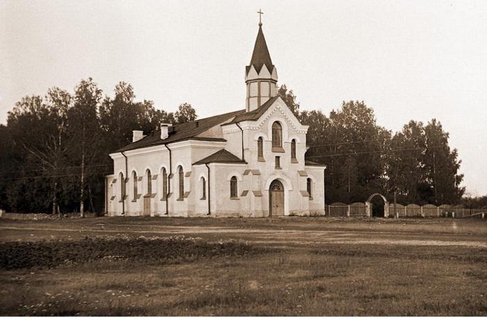 Церковь в Большом Кузёмкино.