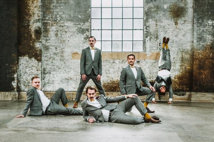 Автор снимка, вошедшего в топ-10 категории «Свадебная вечеринка», - австралийский фотограф Люси Спарталис (Lucy Spartalis).