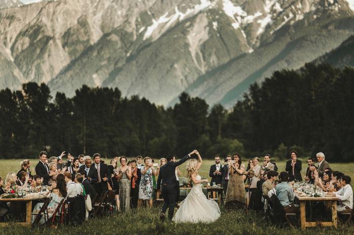 Автор снимка и победитель в категории «Танцевальная площадка» - канадский фотограф Майк Валлели (Mike Vallely).