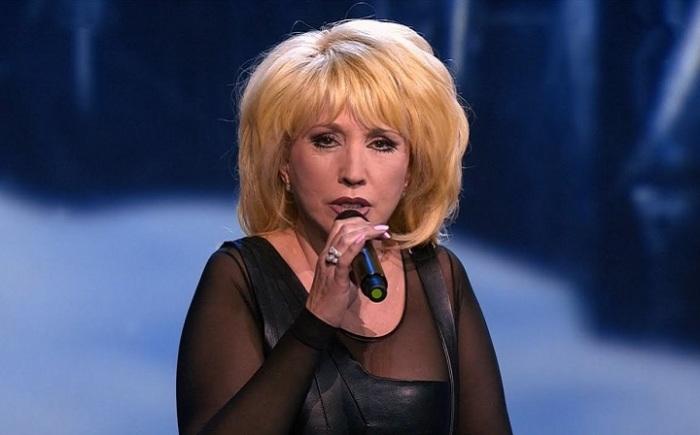 Кажется, что за все время российская эстрадная певица совершенно не изменилась.