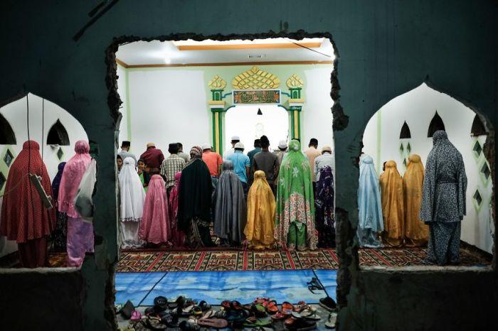 Молитва в мечети - основа жизни мусульманина.