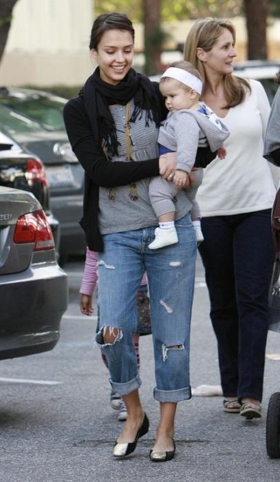 Американская актриса стала мамой в третий раз, родив 31 декабря долгожданного сына. /Фото: stmed.net