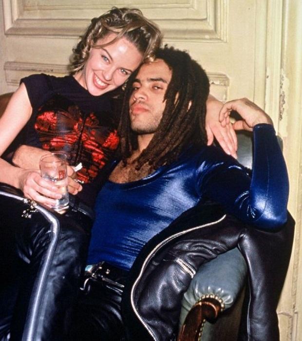 Покорившая весь мир своим нежным голосом популярная певица из Австралии Кайли Миноуг и кумир молодежи, секс-символ 90-х, суперпопулярный певец Леонард Кравиц. /Фото: blogpi.org