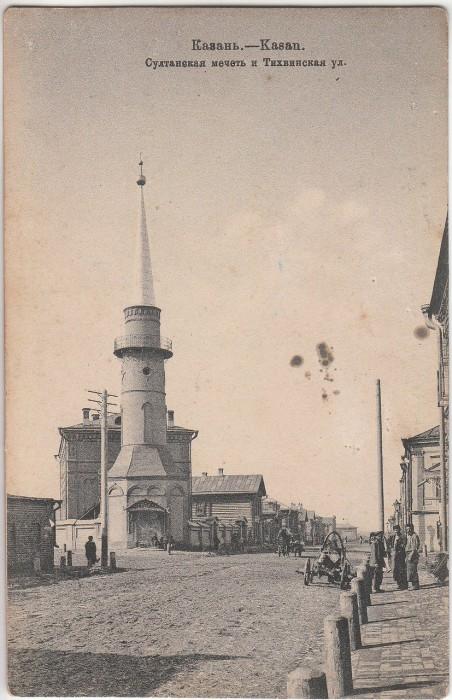 Одна из самых ярких мечетей Казани, которая создает историю города.