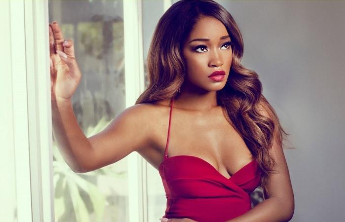 Американская актриса и певица.