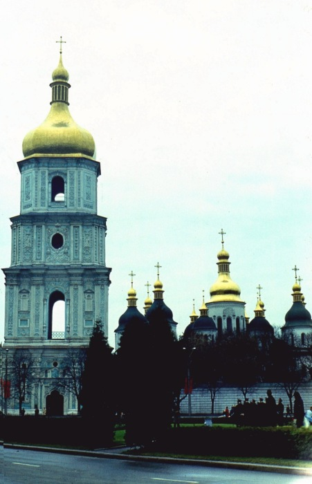 Храм, построенный князем Ярославом Мудрым на месте победы в 1037 году над печенегами.