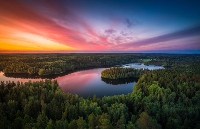 Над лесами... Автор фотографии: Лаури Лоши (Lauri Lohi).