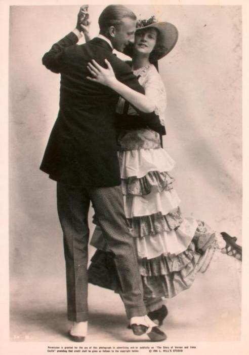 История жизни танцевальной пары Ирен и Вернона была экранизирована в 1939 году, а главные роли сыграли Фред Астэр и Джинджер Роджерс.