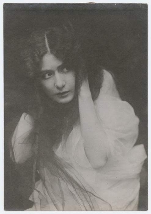 Ирмгад фон Роттентал исполняла главные партии в спектаклях.