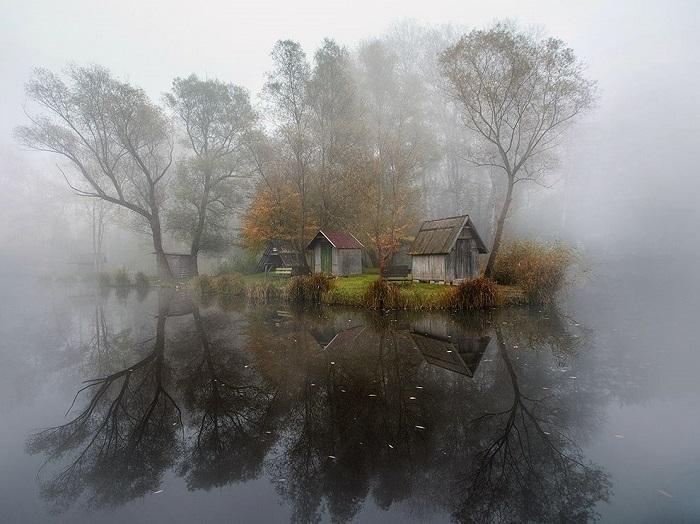 Крохотная венгерская старинная деревушка – родина автора этой фотографии - Gabor Dvornik.
