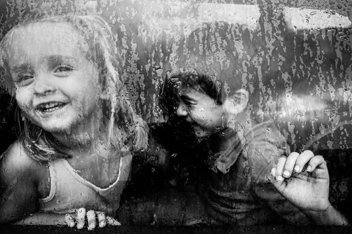 Когда на улицу не выйти. Фотограф: Чаро Диез, Испания.