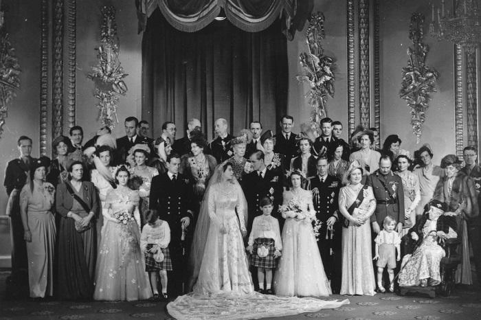 Королевские семьи.