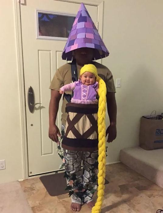 Отец в костюме маленькой каменной башни, увитой плющом, отлично дополнил наряд маленькой дочки с двухметровой желтой косой.