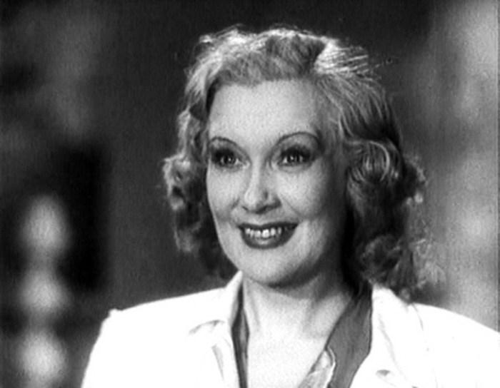 Актриса была первым советским секс-символом, хотя ни в одном фильме ни с кем не поцеловалась.