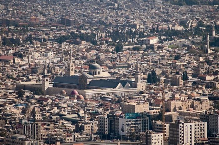 Сирийский Дамаск существует вот уже одиннадцать тысяч лет, и все это время в нем живут люди.