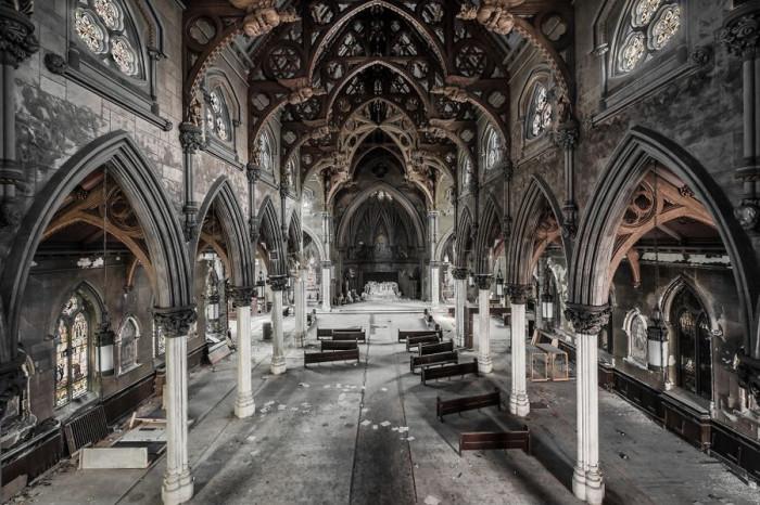 Заброшенная готическая церковь в США до сих пор сохранила свою оригинальную архитектуру.