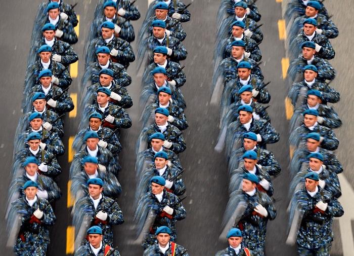 Торжественный марш военных в честь национального праздника Румынии.