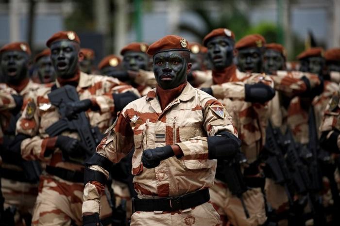 Войны специального назначения участвуют в параде в честь Дня независимости страны.