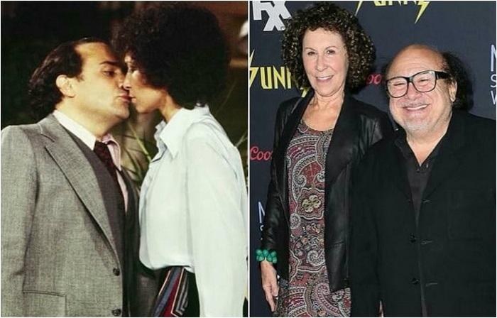 Де Вито и Перлман поженились в 1982 году после девяти лет гражданского брака, а вот совместную жизнь начали через две недели после знакомства.