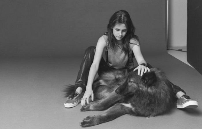 Звезда «Сумеречной саги» перенесла экранную любовь к волкам в реальную жизнь.