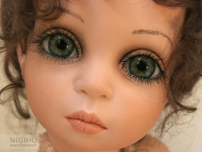 Художница Сью Линг Ванг (Siu Ling Wang), создающая удивительных кукол, живет в Мюнхене.