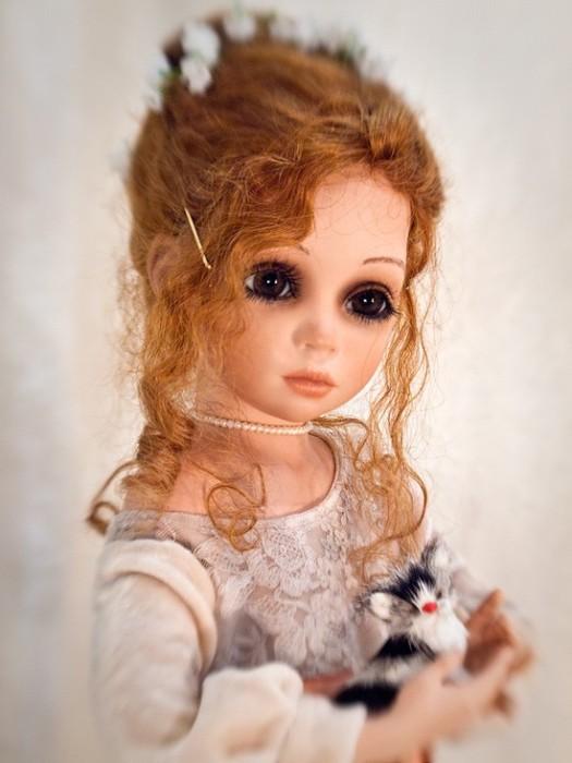 На изготовление одной такой куклы у Сью Линг Ванг уходит от 200 до 300 часов.