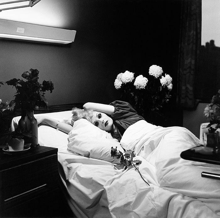Снимок одной из «суперзвезд» Энди Урхола сделан на смертном ложе незадолго до смерти от лимфомы 21 марта 1974 года.