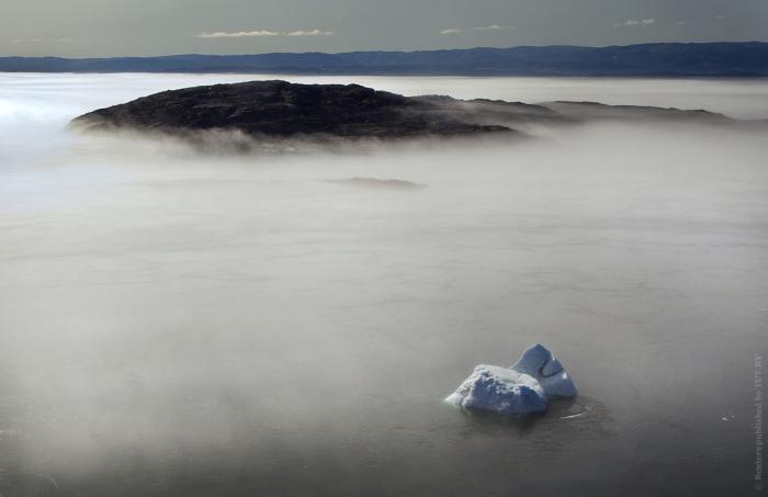 Потепление на планете вызывает постепенное увеличение среднегодовой температуры, что приводит к необратимому таянию ледников.
