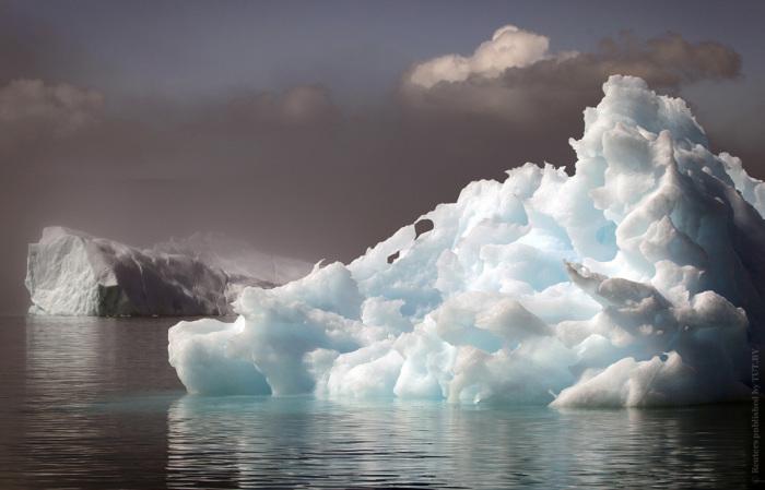 Цвет «ледяной горы» напрямую зависит от возраста айсберга.