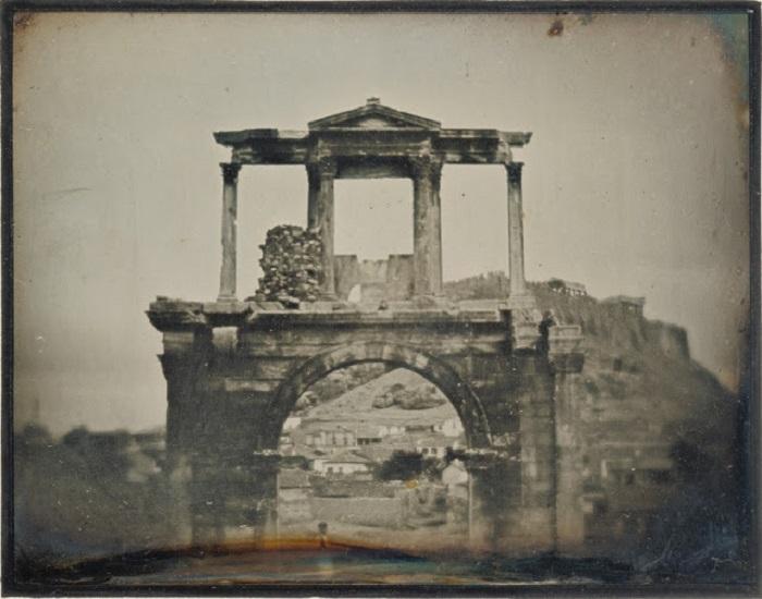 Триумфальная арка в Афинах, 1846 год.