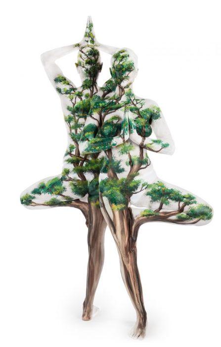 Другой центральной темой творчества британки Эммы Фей является единение человека с природой.
