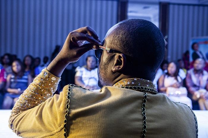 Дизайнер Демократической республики Конго на модном показе. Фотограф: Ивонн Brandwijk (Yvonne Brandwijk), Нидерланды.