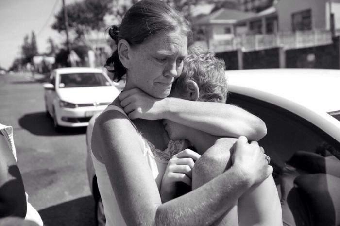 Мама – это и друг, и помощник во всех новых начинаниях, и теплое плечо, в которое всегда можно поплакать.