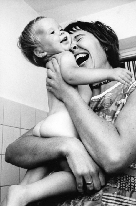 Мама-это первое слово,которое мы произносим в жизни.