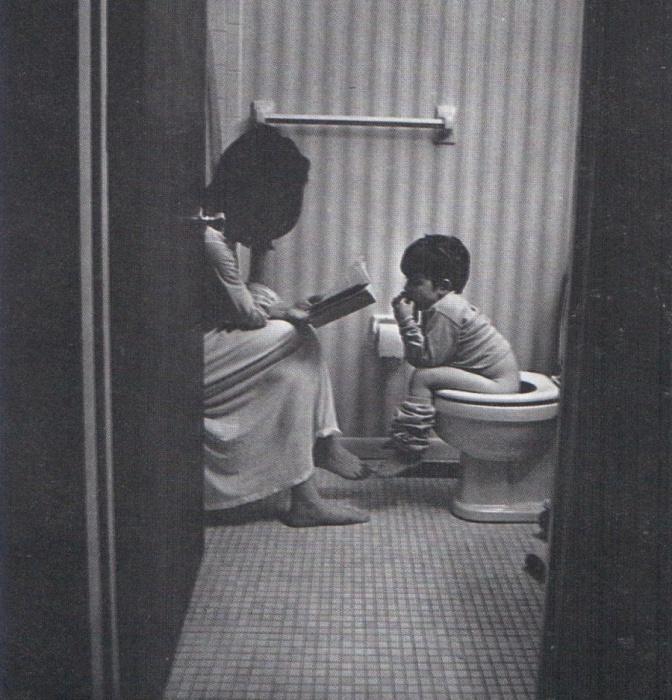 Ребёнку необходимо присутствие мамы всегда и везде...