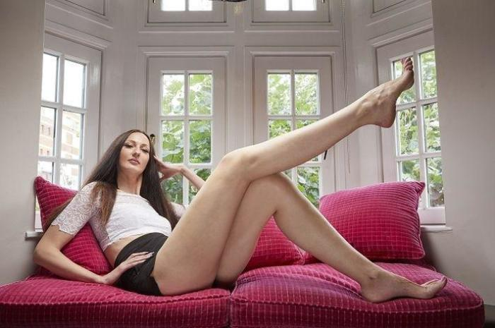 Российская модель Екатерина Лисина вошла в Книгу рекордов Гиннесса как самая высокая модель (205,7 см.) и обладательница самых длинных ног в мире (133 см.)