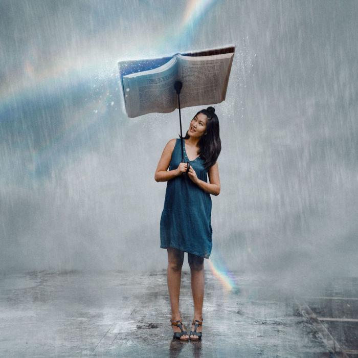 От большого ливня спасает волшебная книга-зонт.