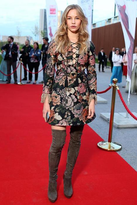 Российская актриса, получившая известность благодаря главной роли в фильме Петра Буслова «Бумер».