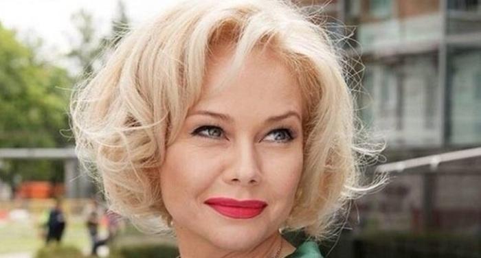 Елена Корикова запомнилась многим главной ролью в сериале «Бедная Настя».