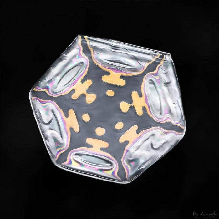 Шестиконечные кристаллические формы.