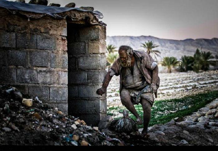 Жильё, которое построили ему соседи из жалости.