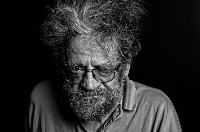 Дедушка с прищуренным глазом. Фотограф: Майкл Вахтер (Michael Wachter).