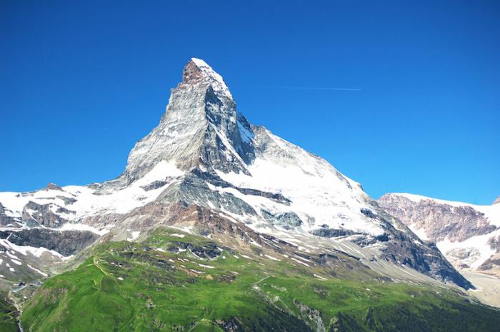 Величественная и труднодоступная альпийская вершина.