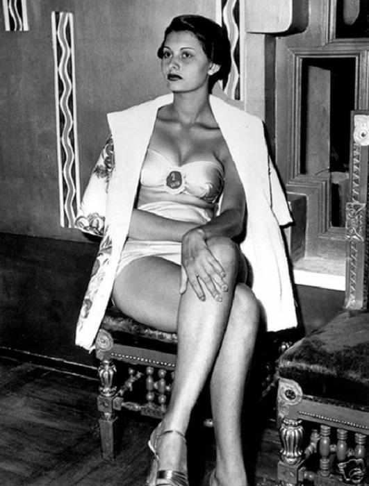 Но не только внешность смогла покорить жюри – девушка отличалась женственностью и обаянием.