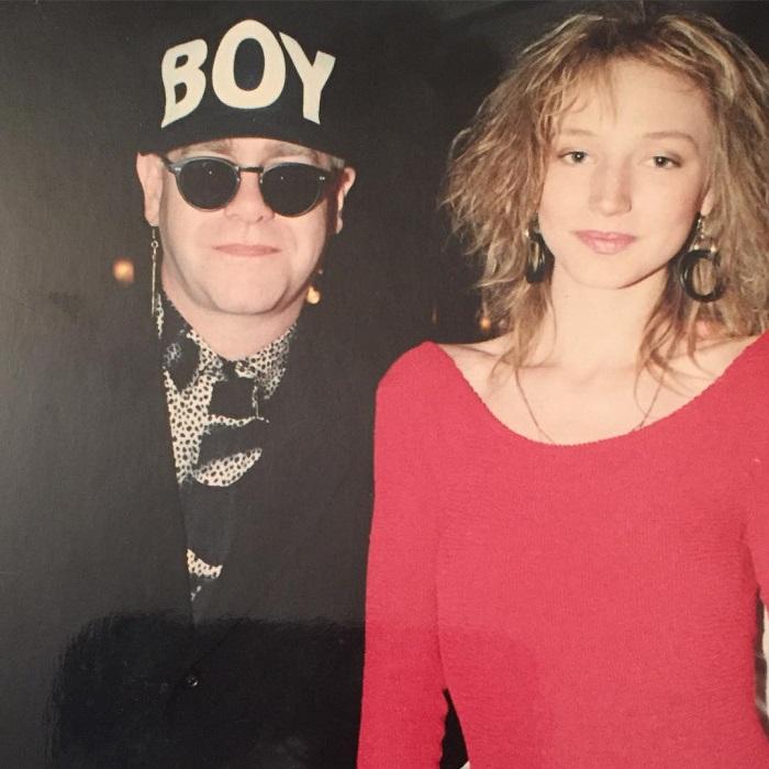 19-летняя дочь Аллы Пугачевой в компании звезды мирового уровня во время поездки в Лондон.