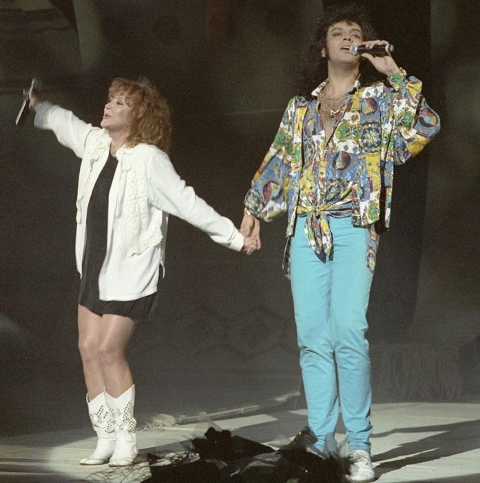 Выступление знаменитой звездной пары на международном песенном конкурсе «Славянский базар» в 1994 году.
