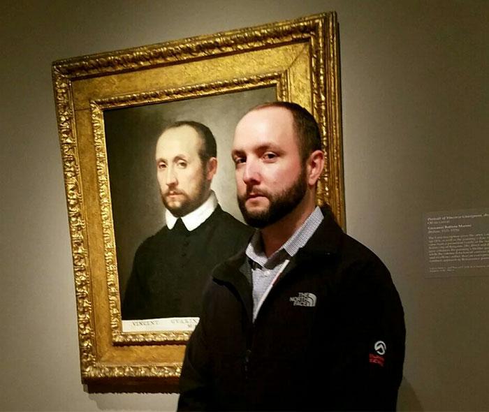 Двойник этого молодого человека жил в 1572 году, то есть 445 лет назад!